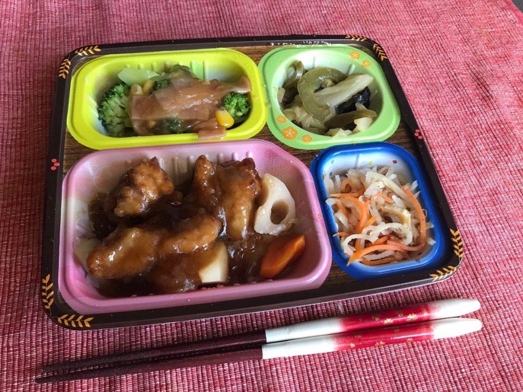 鶏唐揚げと野菜の黒酢あんかけ調理済み