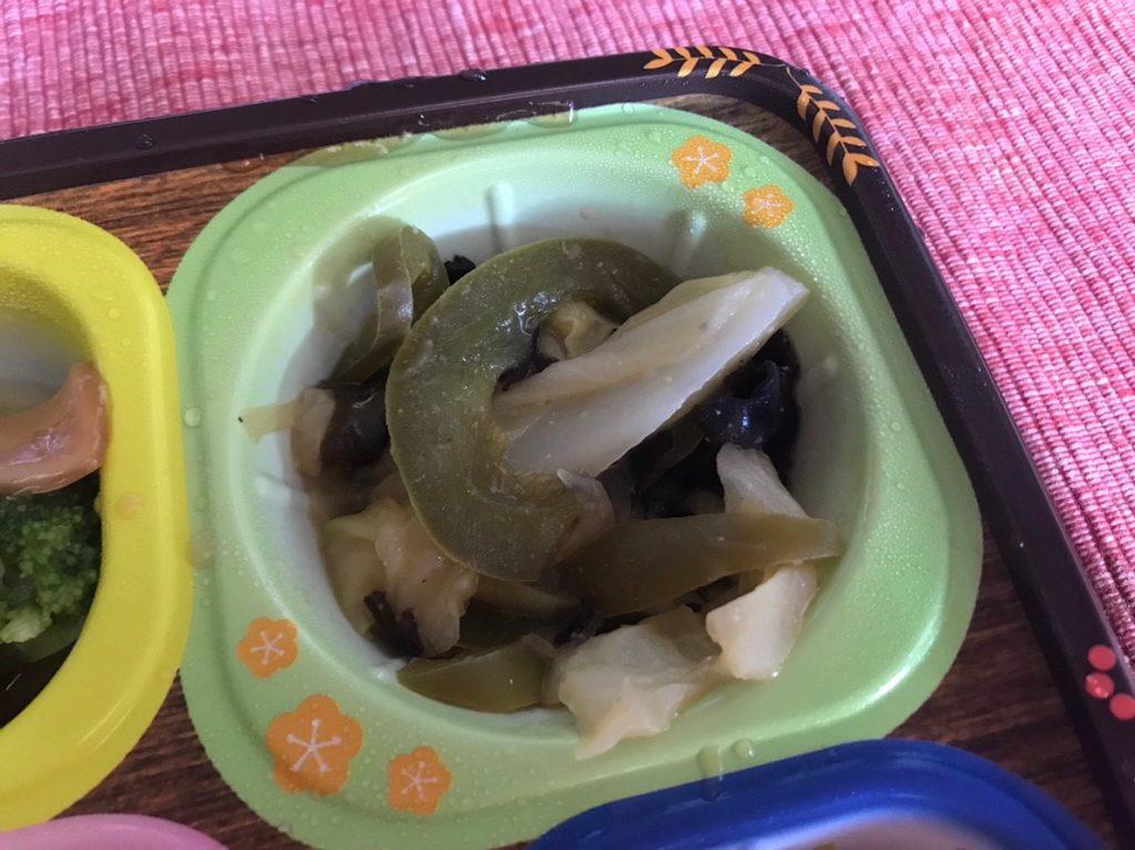 キャベツと木耳の炒め物